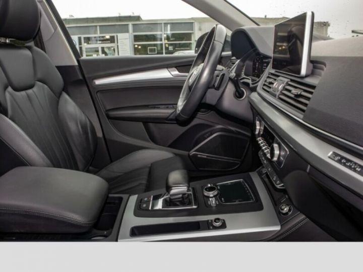 Audi Q5 Noir - 8