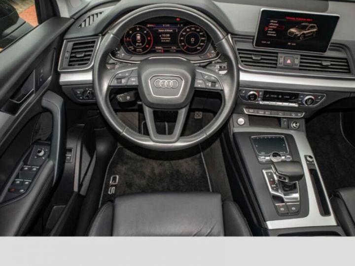 Audi Q5 Noir - 11
