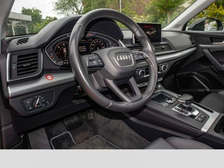 Audi Q5 Noir - 12