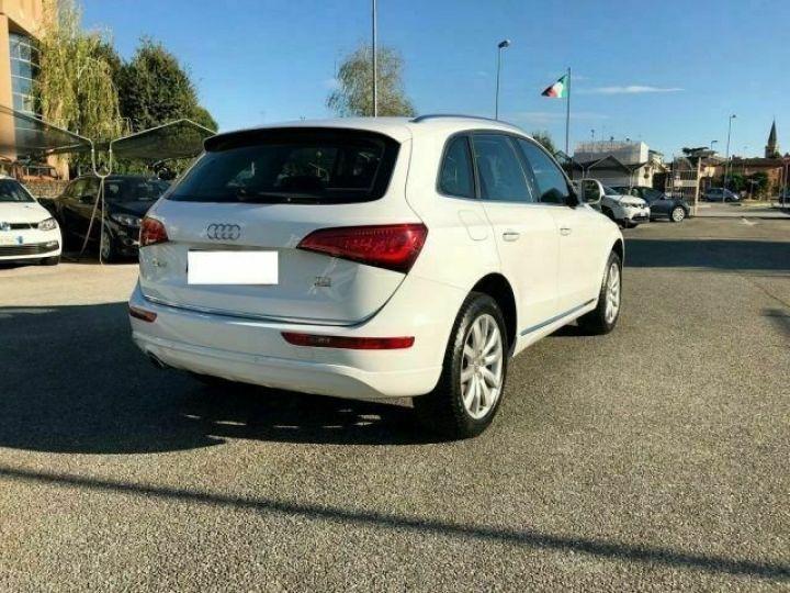 Audi Q5  2.0 TDI 150 CV quattro Business # Blanc - 4