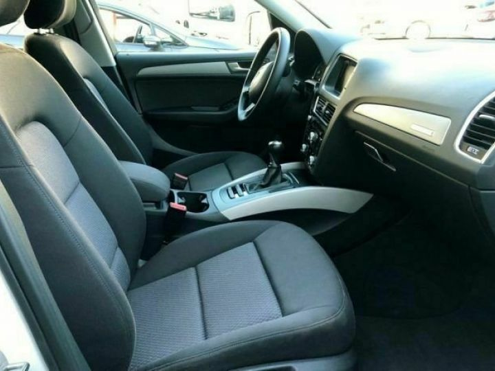 Audi Q5  2.0 TDI 150 CV quattro Business # Blanc - 9