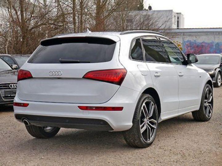Audi Q5 2.0 TDI 150CH S LINE BLANC - 3