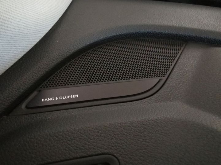 Audi Q5 2.0 TDI 190 CV DESIGN LUXE QUATTRO BVA Gris - 9