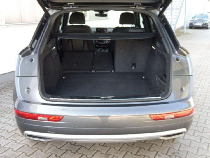 Audi Q5 2.0 TDI 190CH S LINE QUATTRO S TRONIC 7 GRIS  DAYTONA - 4