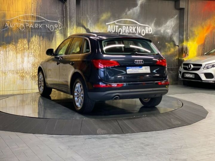 Audi Q5 2.0 TDI quattro S Tronic~NAVI~XENON~PANORAMA,1ere Main,47000Kms Bleu Peinture métallisée - 4
