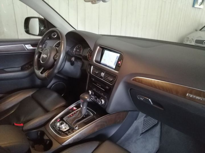 Audi Q5 3.0 TDI 258 CV AVUS QUATTRO BVA Gris - 6