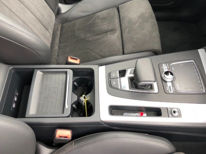 Audi Q5 3.0  TDI 286 quattro S-Line(02/2018) noir métal - 17