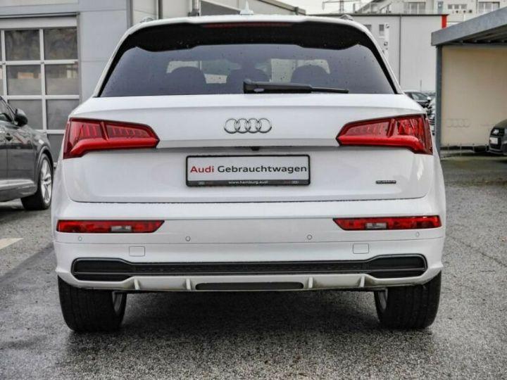 Audi Q5 Quattro S line  blanc - 4