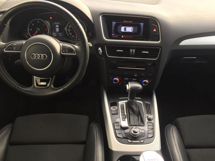 Audi Q5 QUATTRO S-LINE  2.0L TDI BLANC - 11