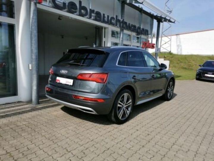 Audi Q5 Sport 2.0L TDI + Phare LED MATRIX / Finition S LINE / Toit PANO / Regulateur de adaptatif /Enceinte B&O / GPS / Garantie 12 mois / Gris métallisée  - 3