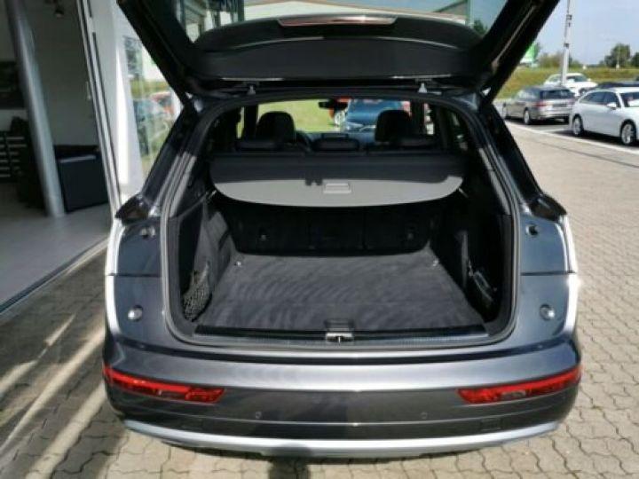 Audi Q5 Sport 2.0L TDI + Phare LED MATRIX / Finition S LINE / Toit PANO / Regulateur de adaptatif /Enceinte B&O / GPS / Garantie 12 mois / Gris métallisée  - 10