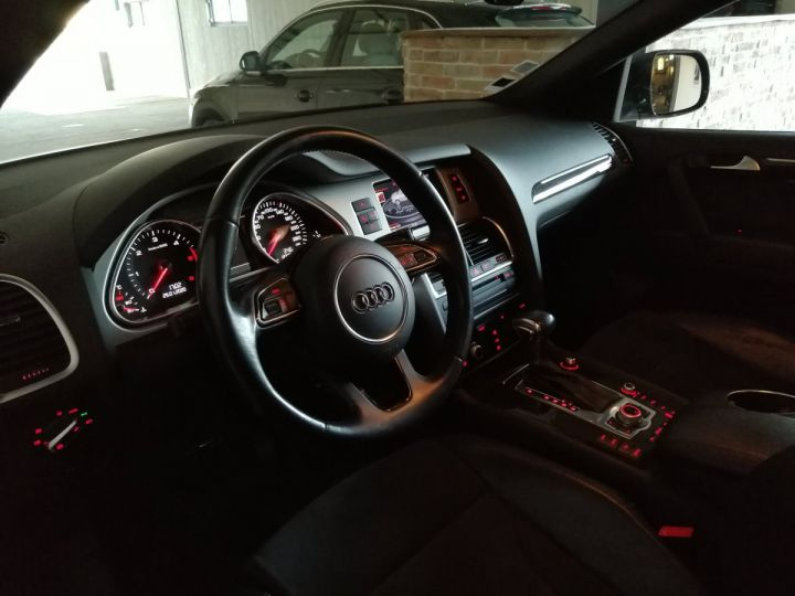 Audi Q7 3.0 TDI 245 CV SLINE QUATTRO BVA 7PL Noir - 5
