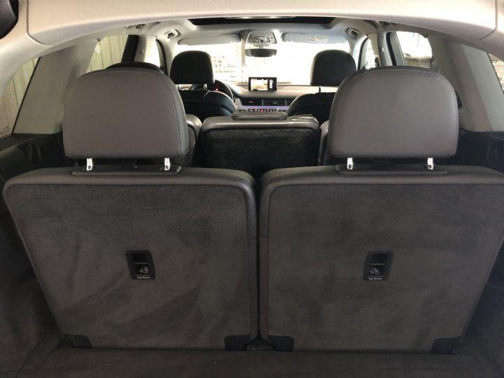 Audi Q7 3.0 TDI 272 CV AVUS QUATTRO 7PL Gris - 13