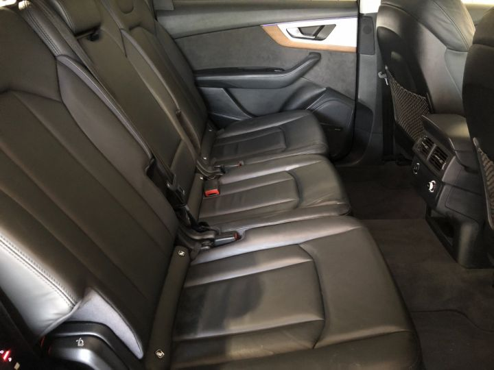 Audi Q7 3.0 TDI 272 CV AVUS QUATTRO 7PL Gris - 15