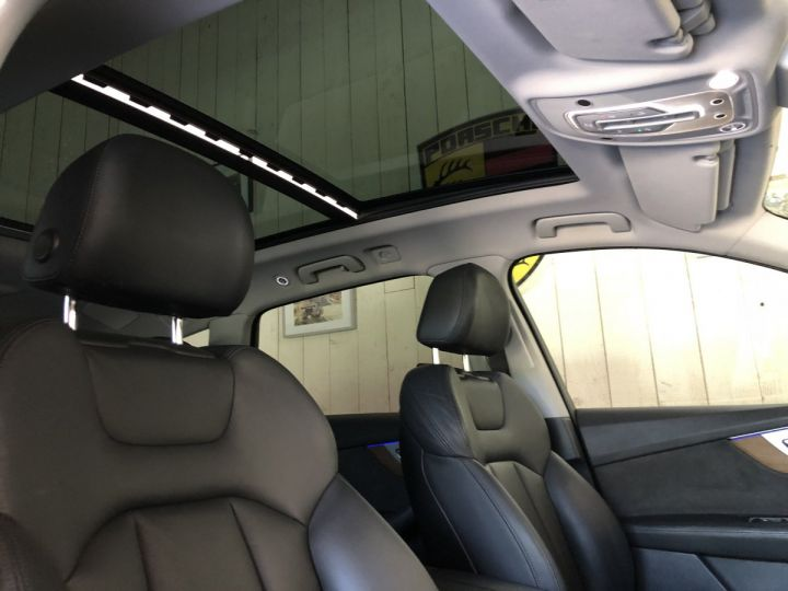 Audi Q7 3.0 TDI 272 CV AVUS QUATTRO 7PL Gris - 16