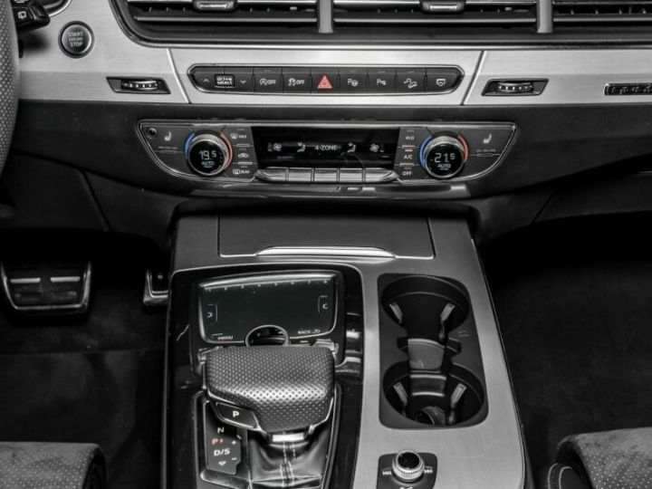 Audi Q7 3.0 V6 TDI 272CH CLEAN DIESEL S LINE QUATTRO TIPTRONIC 7 PLACES ROUGE Occasion - 10