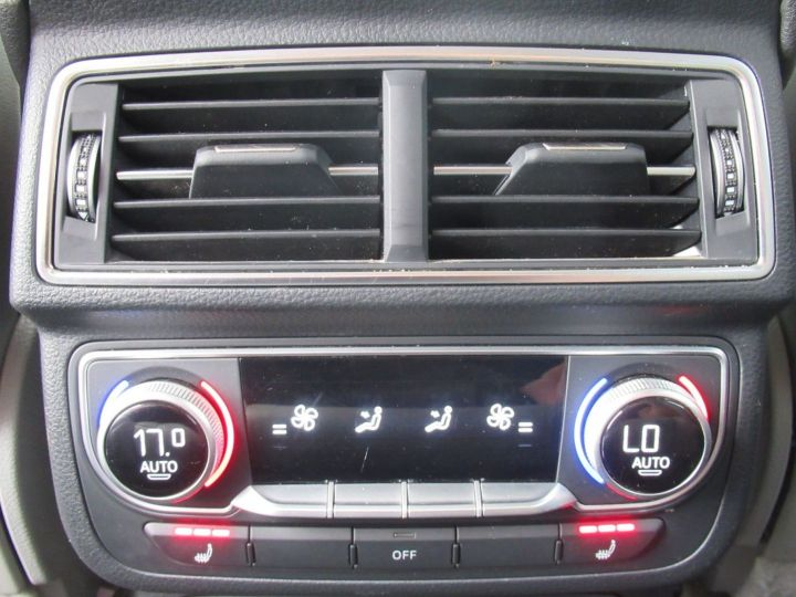 Audi Q7 3.0 V6 TFSI 333CH QUATTRO TIPTRONIC 7 PLACES Gris - 17