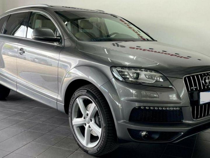 Audi Q7  4.2 TDI  340 quattro S-Line * 7 places  /08/2013 gris daytona métal - 4