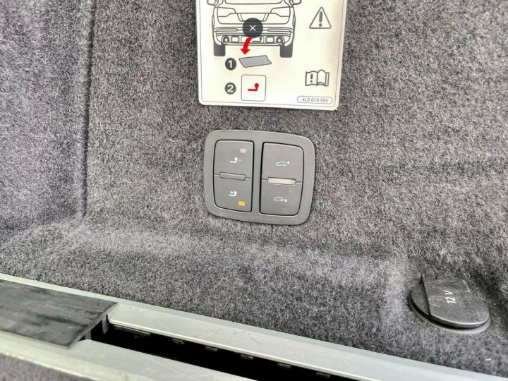 Audi Q7  4.2 TDI  340 quattro S-Line * 7 places  /08/2013 gris daytona métal - 11