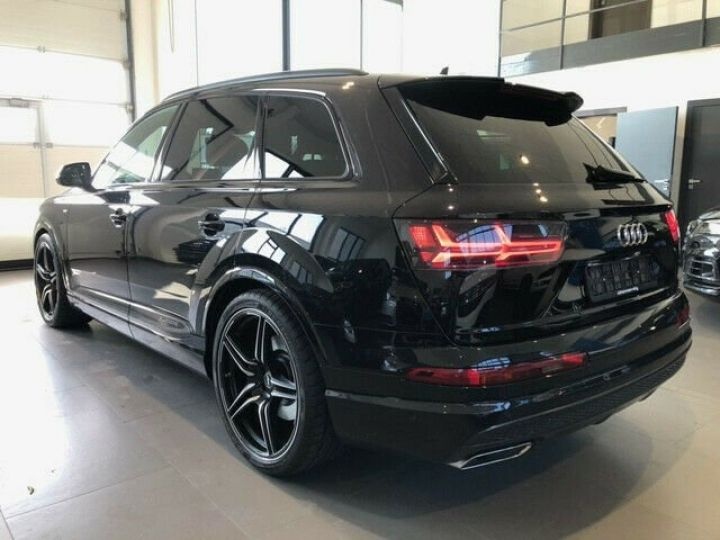Audi Q7 Audi Q7 3.0 TDI 272 V6 S Line/ 7-PLACES/JANTES 22/PROJECTEURS Matrix/TOIT PANO/GARANTIE 12MOIS noir - 4