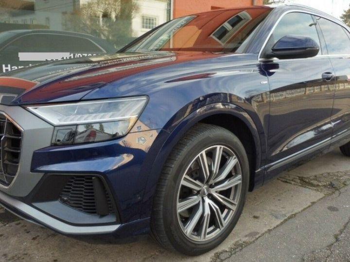 Audi Q8  50 TDI 286 quattro S-Line TIPTRONIC /02/2019 bleu métal - 1