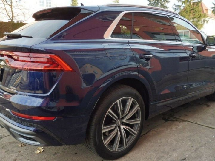 Audi Q8  50 TDI 286 quattro S-Line TIPTRONIC /02/2019 bleu métal - 5