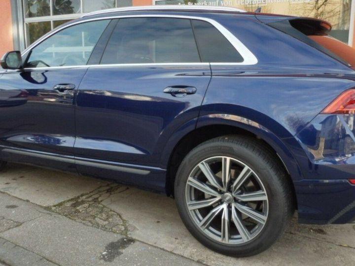Audi Q8  50 TDI 286 quattro S-Line TIPTRONIC /02/2019 bleu métal - 7