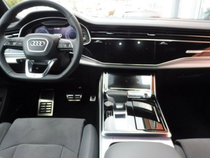 Audi Q8  50 TDI 286 quattro S-Line TIPTRONIC /02/2019 bleu métal - 8