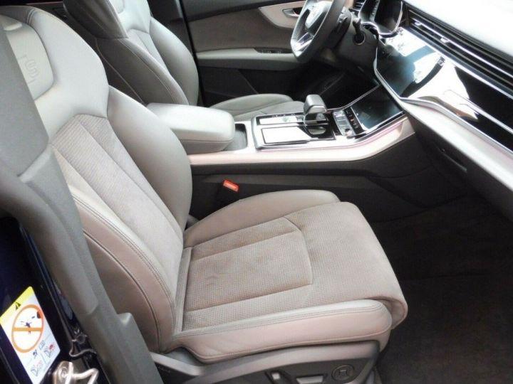 Audi Q8  50 TDI 286 quattro S-Line TIPTRONIC /02/2019 bleu métal - 11