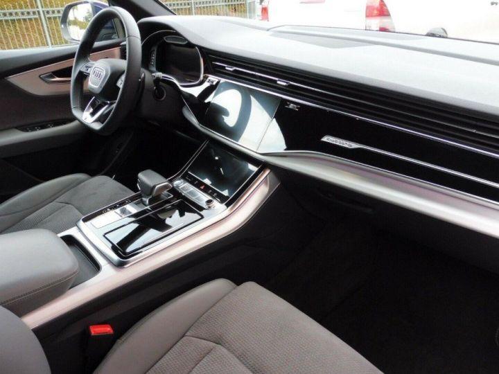 Audi Q8  50 TDI 286 quattro S-Line TIPTRONIC /02/2019 bleu métal - 12