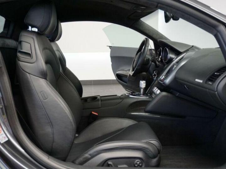 Audi R8 4.2 V8 FSI gris Daytona - 9