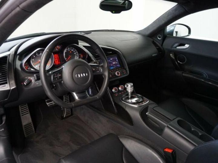 Audi R8 4.2 V8 FSI gris Daytona - 10