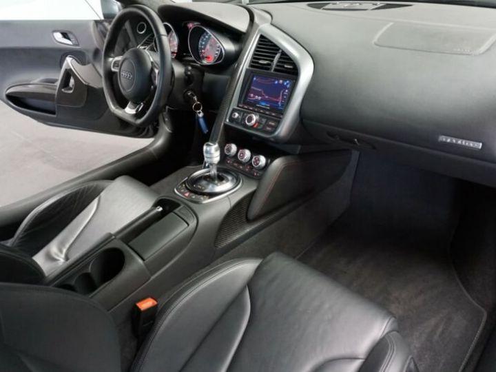 Audi R8 4.2 V8 FSI gris Daytona - 13