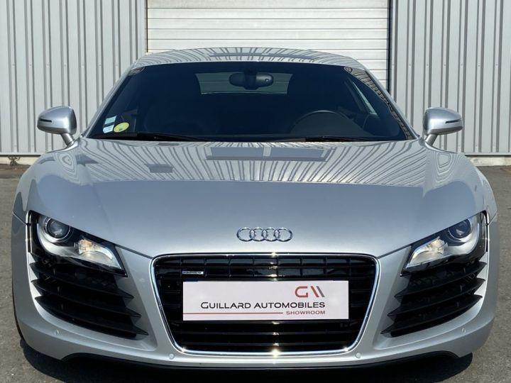 Audi R8 4.2 V8 FSI 420ch QUATTRO R-TRONIC Gris Clair - 2