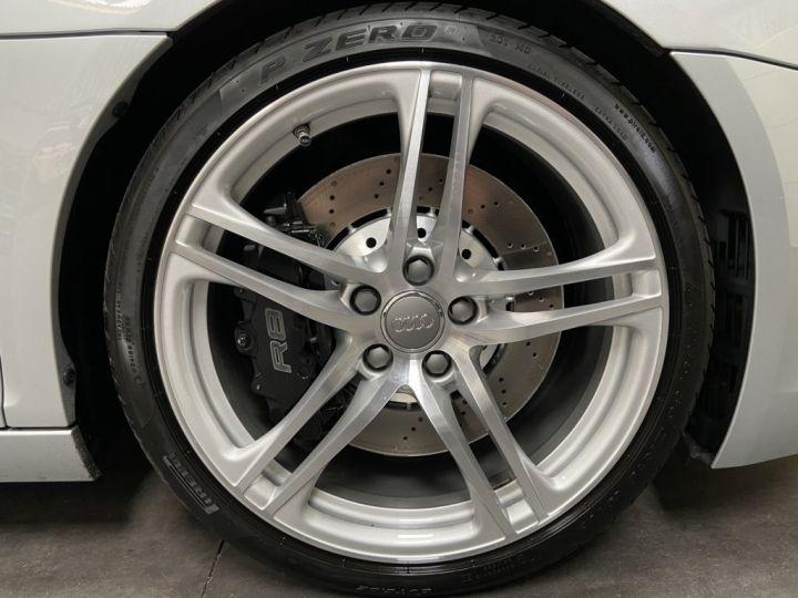 Audi R8 4.2 V8 FSI 420ch QUATTRO R-TRONIC Gris Clair - 7