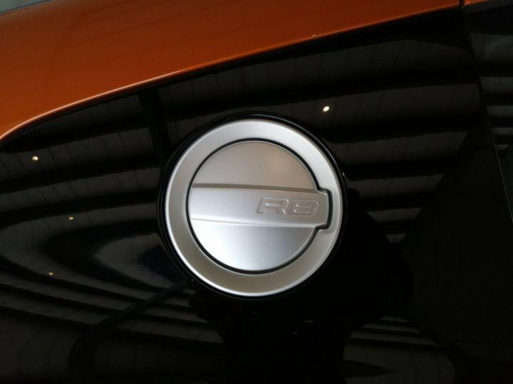 Audi R8 5.2 V10 525 cv  Orange - 17