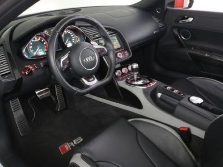 Audi R8 5.2 V10 FSI 525CH QUATTRO TRONIC 7 GRIS Occasion - 10