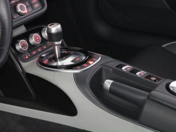 Audi R8 5.2 V10 FSI 525CH QUATTRO TRONIC 7 GRIS Occasion - 16