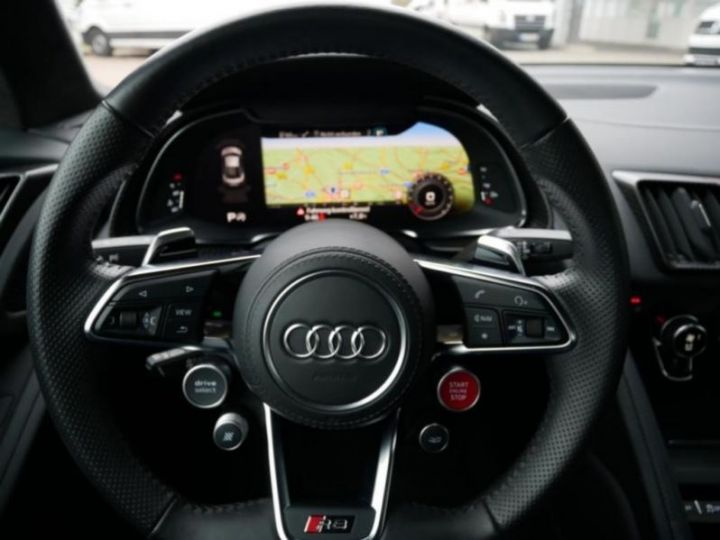 Audi R8 5.2 V10 FSI 610CH PLUS QUATTRO S TRONIC 7 GRIS Occasion - 15