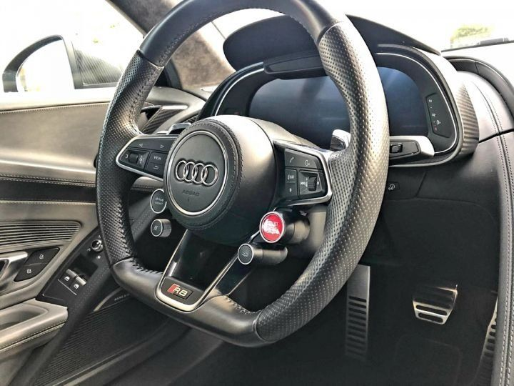 Audi R8 5.2l V10 FSI 610CH PLUS QUATTRO STRONIC 7 NOIR Occasion - 9