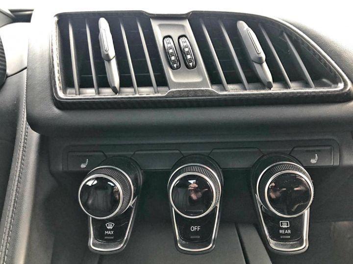 Audi R8 5.2l V10 FSI 610CH PLUS QUATTRO STRONIC 7 NOIR Vendu - 12