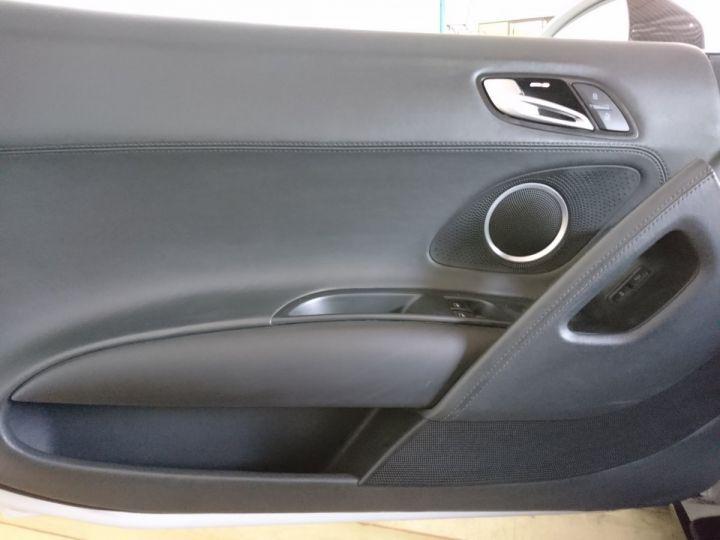 Audi R8 Spyder  5.2 V10 FSI 525 CV QUATTRO BVA Blanc - 7