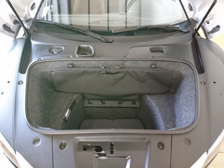 Audi R8 Spyder 5.2 V10 FSI 525 CV QUATTRO BVA Blanc - 9