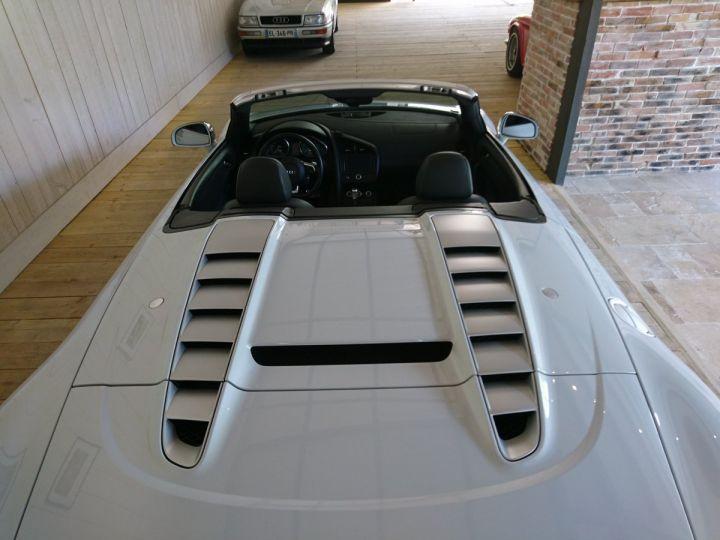 Audi R8 Spyder  5.2 V10 FSI 525 CV QUATTRO BVA Blanc - 10