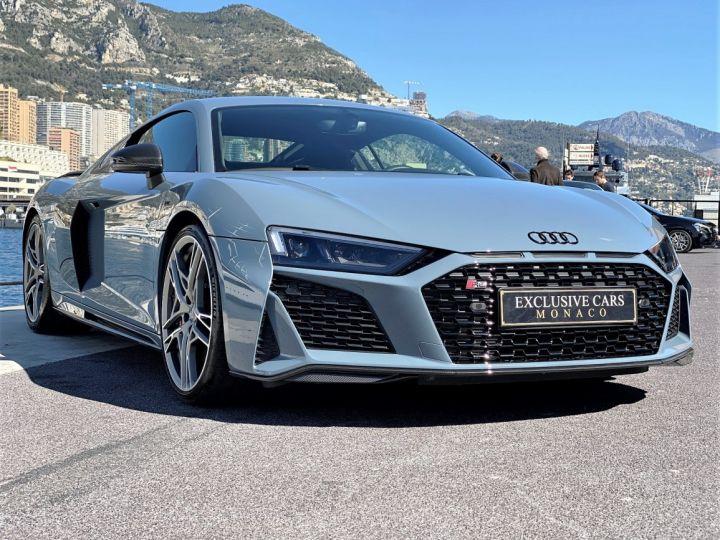 Audi R8 V10 PERFORMANCE COUPE 5.2 FSI QUATTRO 620 CV - FULL CARBONE - MONACO Gris Kemora Métal - 2