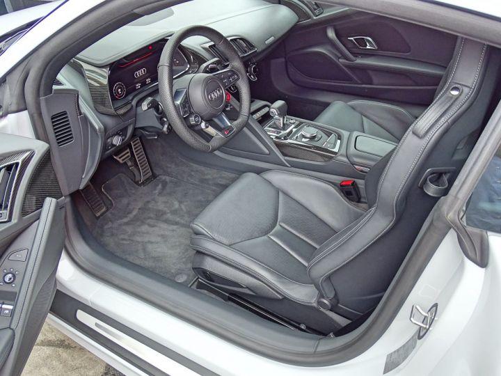 Audi R8 V10 PLUS COUPE 5.2 FSI QUATTRO 610 CV - MONACO Gris Suzuka Métal - 6