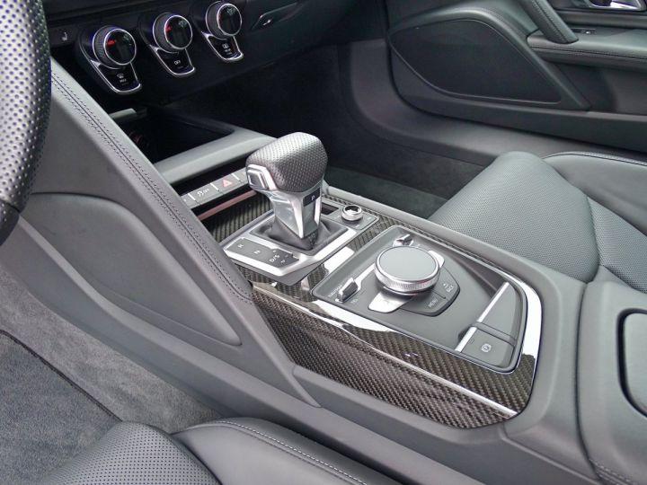 Audi R8 V10 PLUS COUPE 5.2 FSI QUATTRO 610 CV - MONACO Gris Suzuka Métal - 9