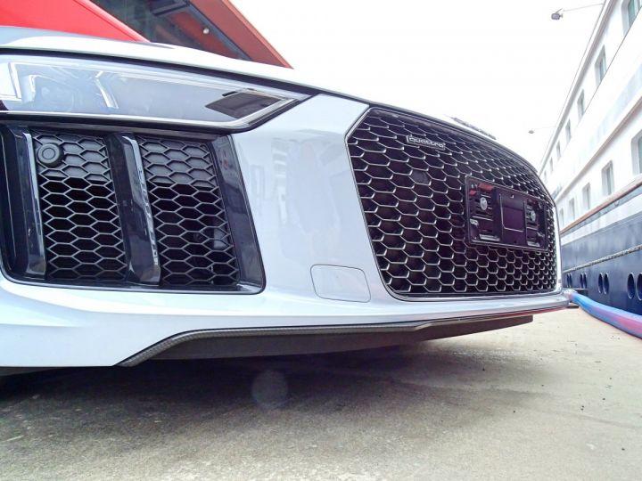 Audi R8 V10 PLUS COUPE 5.2 FSI QUATTRO 610 CV - MONACO Gris Suzuka Métal - 15