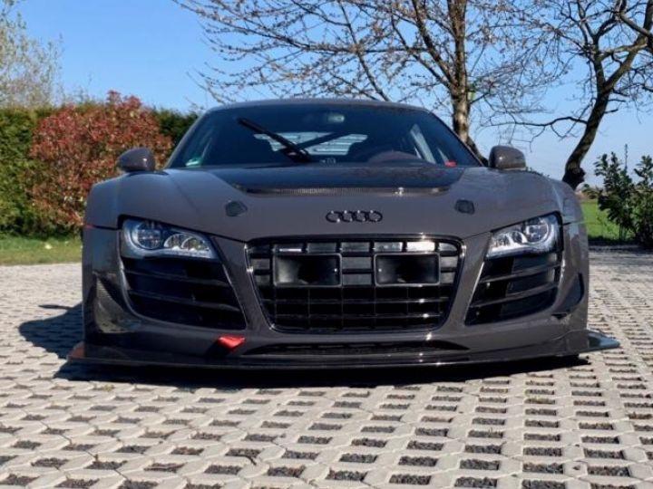 Audi R8 V10 Plus / GT-R  - 1