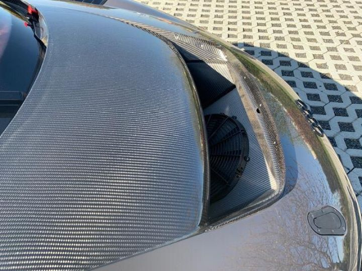 Audi R8 V10 Plus / GT-R  - 5